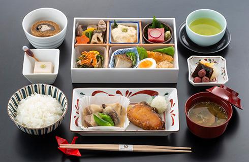 日本航空ビジネスクラスお食事