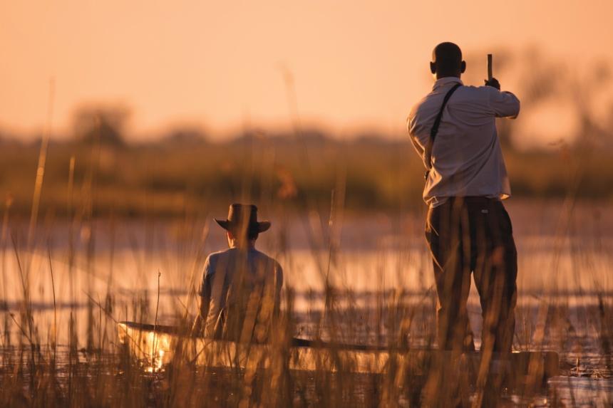 モコロカヌーサファリ:Belmond Safaris, Eagle Island Lodge, Okavango, Botswana.