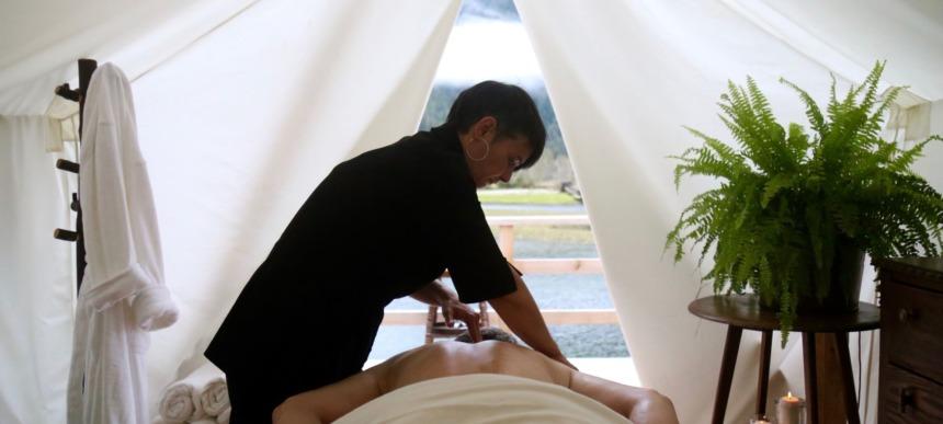Clayoquot Wilderness Resort-spa massage