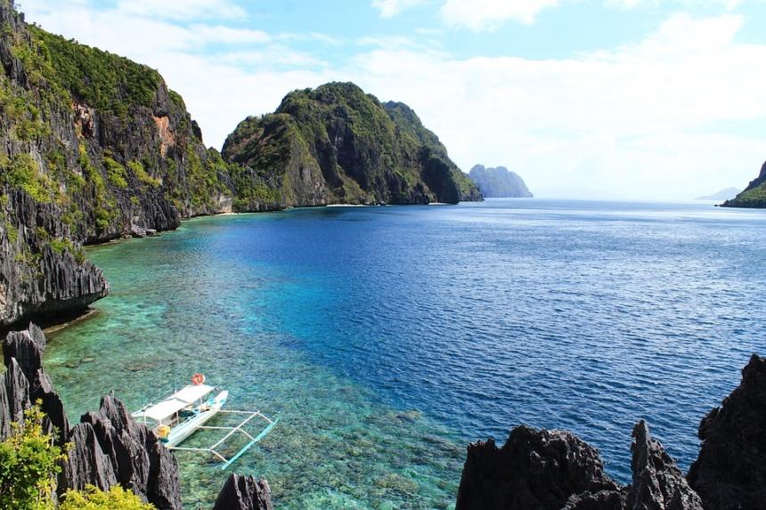 オーダーメイドヨットチャーター,東南アジア海域へのモーターヨット、ヨットチャーターの事なら名古屋のヨット専門ブローカー|アツラエ