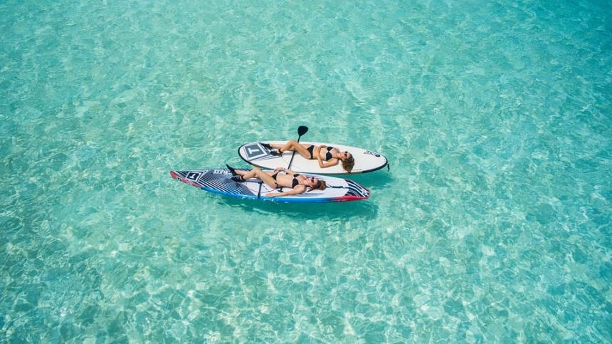 小さなチャーターボート,スモールラグジュアリーヨット