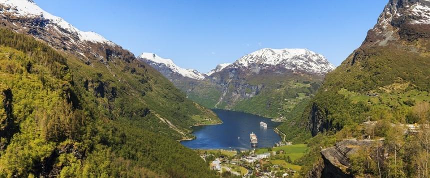 オーダーメイド旅行,ノルウェーフィヨルドエリアへのモーターヨット、ヨットチャーターの事なら名古屋のアツラエ