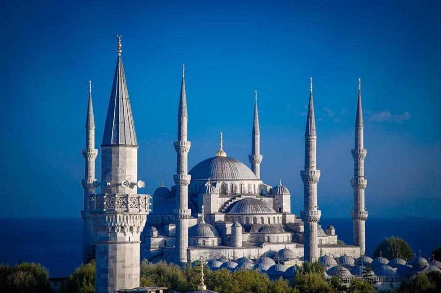 オーダーメイド旅行,欧州とアジアの交差点トルコへのモーターヨット、ヨットチャーターの事なら名古屋の旅誂屋 atsulae に見積もり