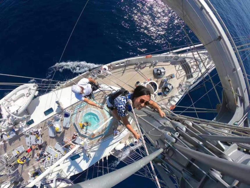 帆船ヨットならではのマストクライム,帆船,セイリングヨット