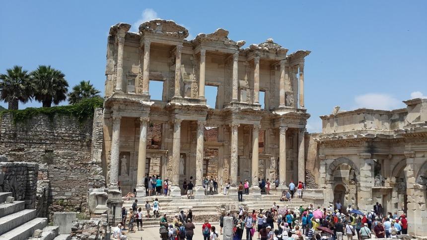 2021年9月16日:シルバーウィーク・エーゲ海とギリシャの島々7泊8日 (アテネ~アテネ): シルバー・ムーン
