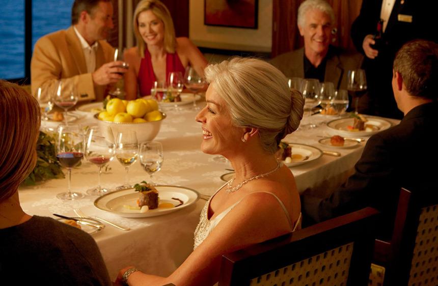 ヴィンテージルーム プライベートな空間で上質なワインとともに、お食事をゆったりと楽しめる貸切制個室レストラン(別料金)