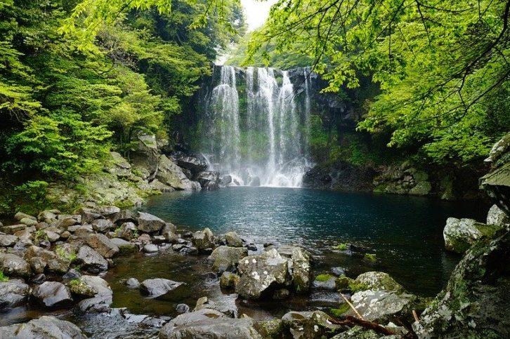 2022年5月26日: 初夏の日本周遊と韓国 10日間(横浜~横浜)|クイーン・エリザベス-キュナード