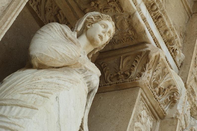 2021年8月14日:お盆休みに巡るエーゲ海の夢想クルーズ8日間(アテネ~ローマ)|クリスタルシンフォニー:クリスタルクルーズ