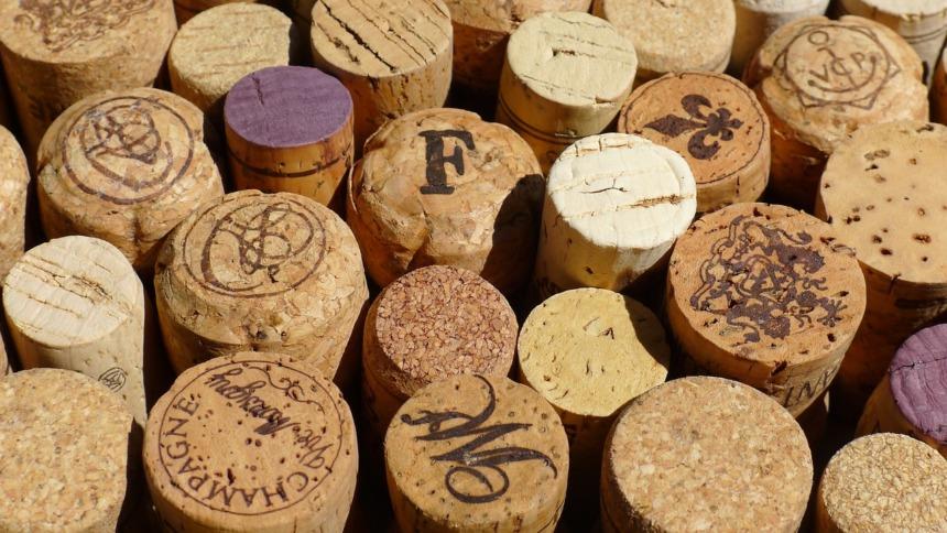 https://www.bostonwinery.com/making https://www.visitma.com/food/type/wineries/